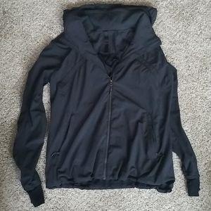 EUC Lululemon Black Jacket Size 10